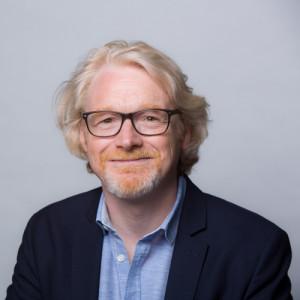 Foto da cabeça de Tony Cheeseman, diretor financeiro